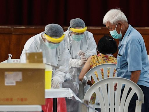 中央令停打國高中教師司機疫苗 中市:好險今天打完
