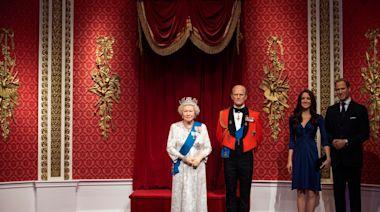 哈利梅根脫離王室 杜莎夫人蠟像館將2人蠟像移出王室展示區