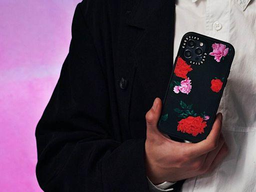 CASETiFY 與暗黑大師 Yohji Yamamoto 首度聯乘,推出3款全新時尚手機殼