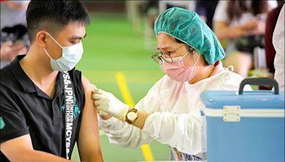 高雄》校園BNT開打 56家院所醫護出動
