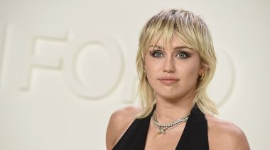 Miley Cyrus recalls UFO encounter: 'It could have been the weed'