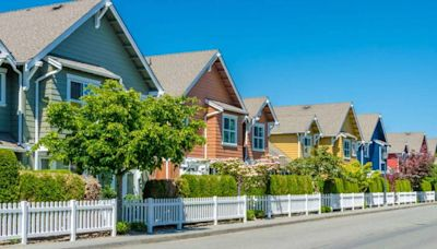 Borrower beware: Mortgage rates inch up, and signs say bigger increases are ahead