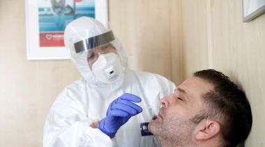 Hungary reports record 3,286 rise in daily new coronavirus infections