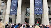 愛爾蘭數千人集會遊行 抗議政府疫苗令