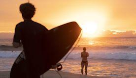 Coronavirus positive: good news round-up - Australians use exercise allowance to surf