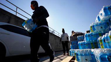 【本日Yahoo焦點】排隊提水吃罐頭 德州如第三世界