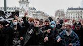 法國再掀多地示威抗爭 民眾呼籲限制警方「不當權力」