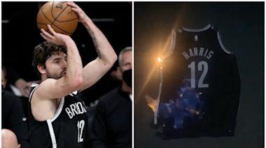NBA季後賽|J夏里士表現持續不濟 球迷燒波衫洩忿 | 蘋果日報