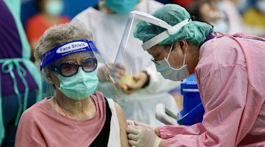 國內新冠肺炎疫苗累計接種逾731萬人次 涵蓋率29.93%