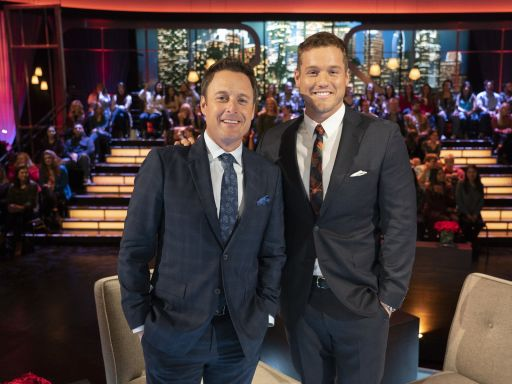 Colton Underwood gets support from Chris Harrison, Bachelor Nation after coming out as gay