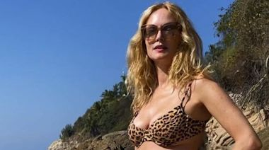 Heather Graham, 50, Just Showed Off Her Insane Abs In A New Bikini Instagram Pic