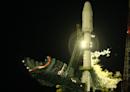 挑戰SpaceX星鏈計畫!英國標下破產衛星公司OneWeb-MoneyDJ理財網