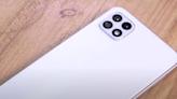 (影音)今年台灣賣最好的 Android 手機?三星 Galaxy A22 5G 開箱體驗 - 自由電子報 3C科技