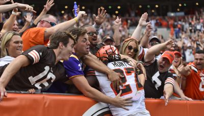 Browns turned to Hunt to jump-start offense against Bears