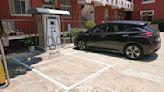 金門發展永續低碳島 台電攜手騰璽科技建置雙向電動車充電樁系統