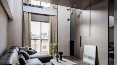挑高視野迎來好採光!60坪現代風樓中樓,注入溫潤木質成就暖心感