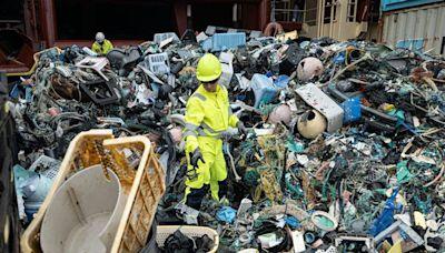 太平洋9千公斤垃圾被清走 震撼照曝