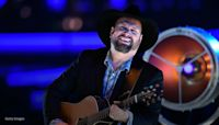 Garth Brooks says 'it killed me' to halt tour again due to COVID: 'But you want to do what's best for the people'