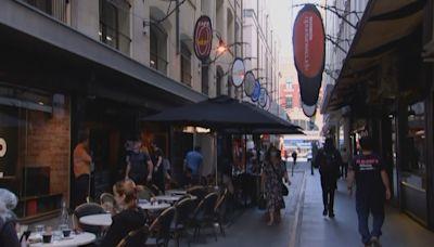 澳洲墨爾本封城兩個多月後 有限度放寬防疫限制