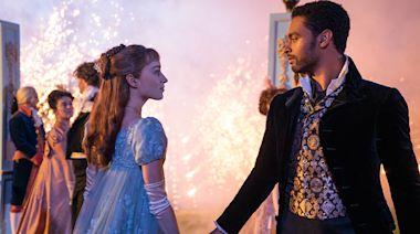 'Bridgerton' Director Julie Anne Robinson On Filming Balls, Horses & Those Honeymoon Scenes; Talks Casting & Music For Netflix...