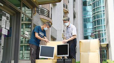 防疫不停學!助弱勢生遠距學習 清大志工團送電腦幫安裝