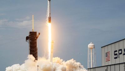 How SpaceX and Tesla Could Make Elon Musk a Trillionaire