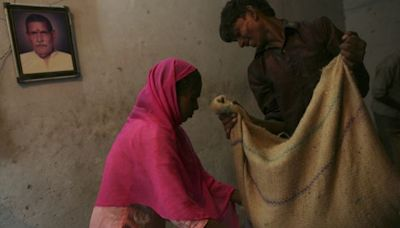India's granaries are overflowing, but it still has a hunger problem