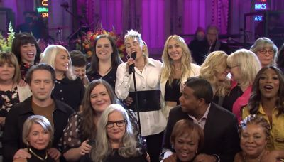 See Miley Cyrus Cover Dolly Parton for 'SNL' Mother's Day Cold Open