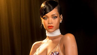 Rihanna Chopped Her Hair Off Into a Super Chic Pixie Cut and I'm Beyond Obsessed