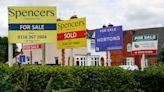 U.K. Mortgage Data Show One of World's Hot Markets Losing Steam