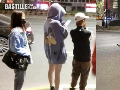 網友上海巧遇楊冪超長腿勁搶鏡 高過郭敬明成個頭   娛圈事
