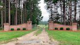 In Murdaugh family scandal, tiny South Carolina town shaken