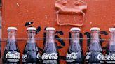 I gusti più assurdi di Coca-Cola mai commercializzati, dal lampone al té verde