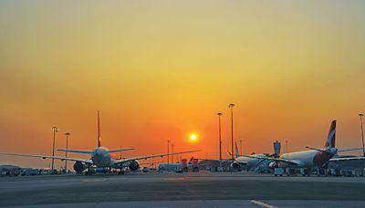 機場貨運量9月升18% 客運量增127% - 晴報 - 港聞 - 新聞二條