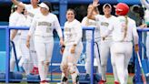 Mexico boxers accuse softball players of throwing away Olympic apparel
