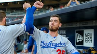 Dodgers set MLB home run record over five-game span