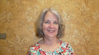 Music therapist works with residents of Ellwood City, New Castle nursing homes