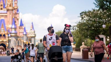 全球疫情 路透社:美病亡數突破60萬 迪士尼世界准已打針遊客除罩   蘋果日報
