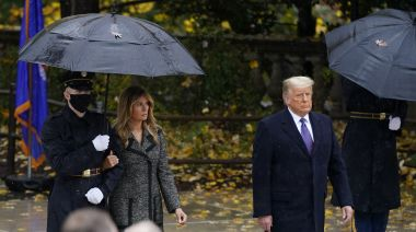 Trump attends ceremony at Arlington National Cemetery for Veterans Day, while transition chaos continues