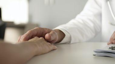 診所醫生涉非禮女護士 反指事主想要乾爹 官拒納裁罪成兼須還柙