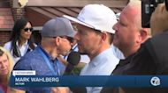 Mark Wahlberg golf outing helps benefit Beaumont Children's Miracle Network