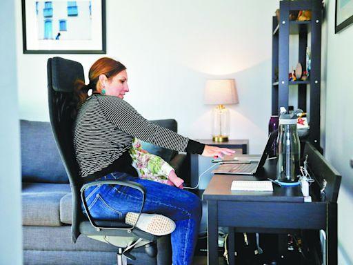 打工仔強勢 白領傾向居家工作 | 蘋果日報