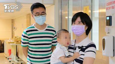 PCR奇蹟陽轉陰!嬰染疫難吞苦藥 母服藥「哺乳」│TVBS新聞網