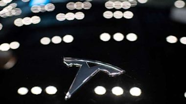 史上最快電動車 特斯拉Model S Plaid售價13萬美元、今日交車25輛 | Anue鉅亨 - 美股