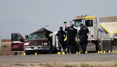 SUV pulled into path of big rig in Imperial County crash that killed numerous migrants, NTSB says