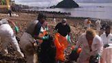 Oil-based spill pollutes coast of Taboga Island, Panama