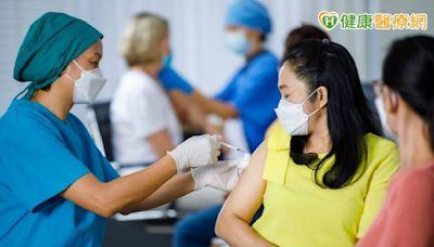 疫苗施打需求增、醫院人力短缺! 醫護憂:沒人照顧病人怎麼辦 | 健康 | NOWnews今日新聞