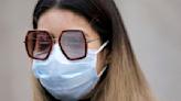 Cómo evitar que la mascarilla empañe tus gafas