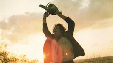 First poster for Fede Alvarez reboot of 'Texas Chainsaw Massacre' lands
