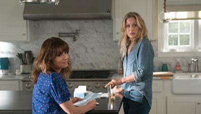 Netflix's 'Dead to Me' renewed for season 2 with Linda Cardellini, Christina Applegate returning